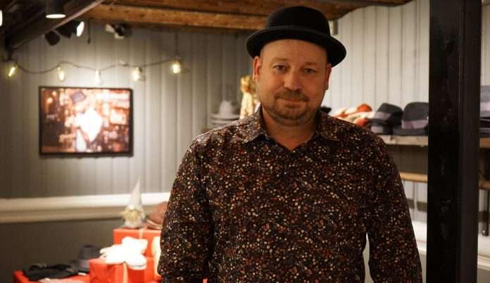 Håll i hatten Halmstad. Staffan Persson.